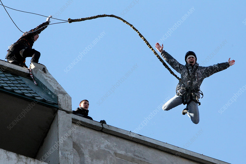 Amateur bungee jumping, Russia