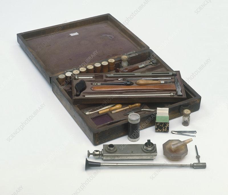 Mining prospector's portable laboratory