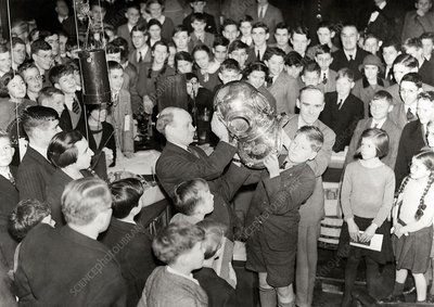 Royal Institution Christmas Lecture, 1936
