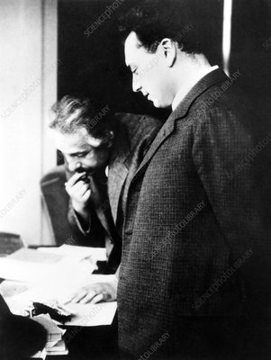 Einstein and Pauli, physicists