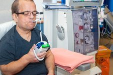 Shared care dialysis unit