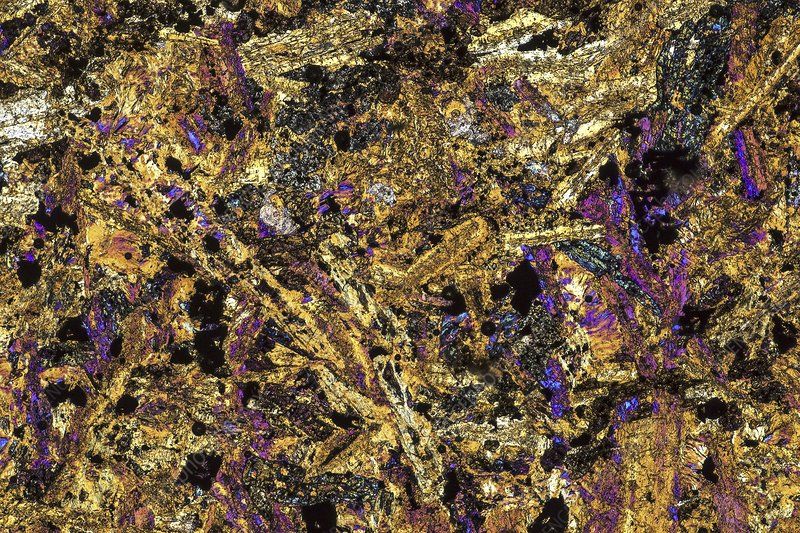 Polarised LM of thin section of gabbro