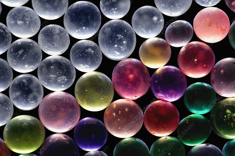 Silica gel beads, light micrograph