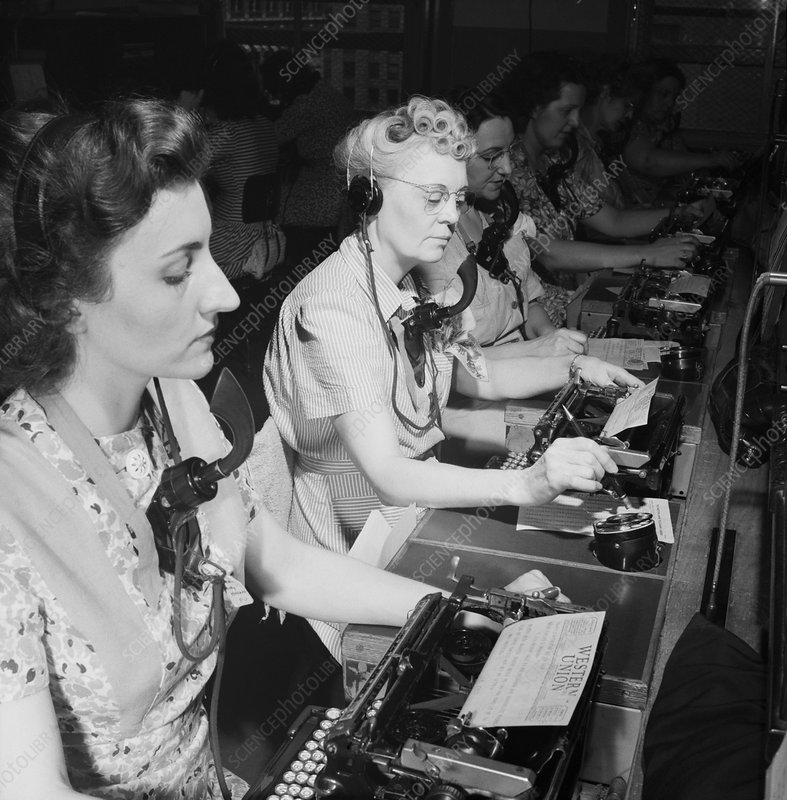 Telephone operators, 1940s