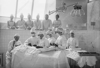 Surgical lesson, 1900s