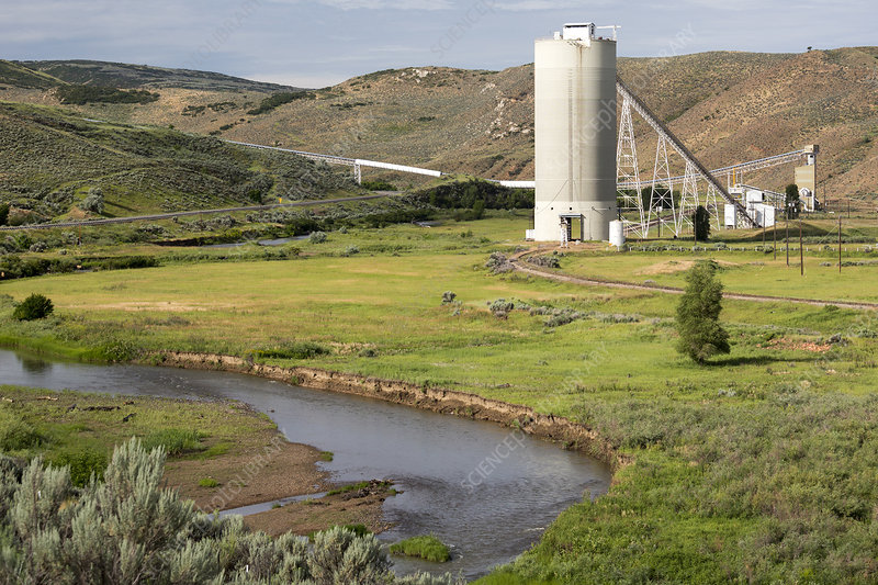 Coal mine rail-loading facility