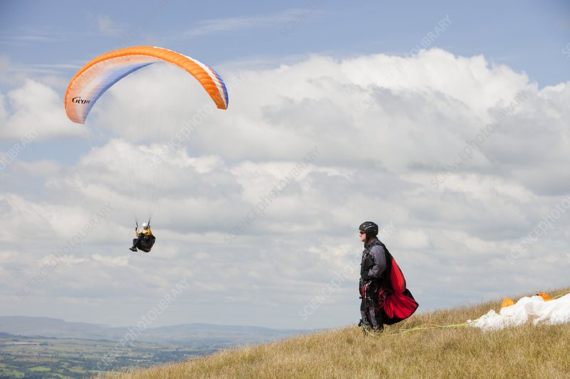 Paraponters flying from Pendle Hill, UK
