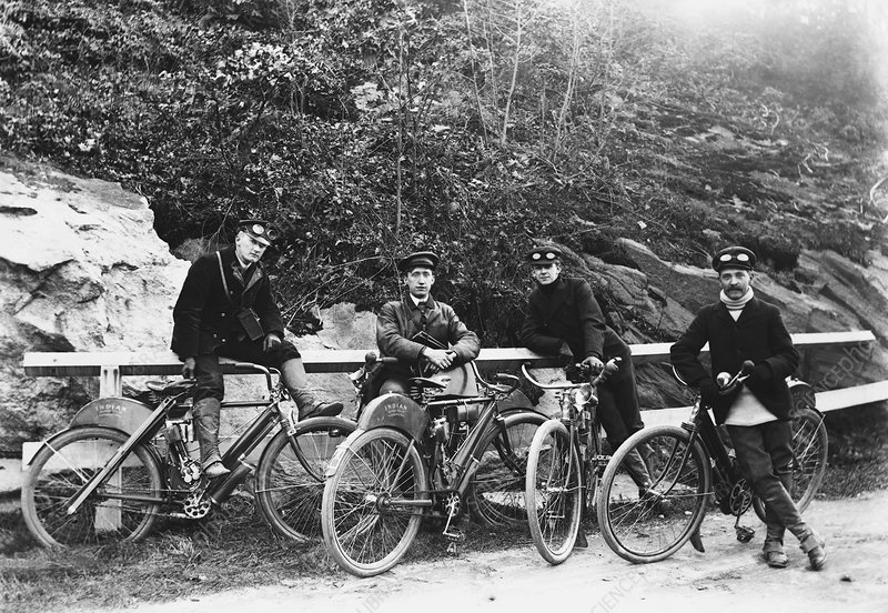 Motorcycling in the Early 1900s