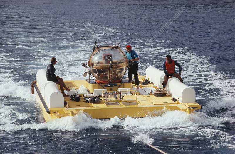 Submersible Prototype Being Launched