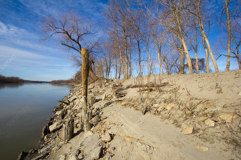 Missouri River Flood Water Lines