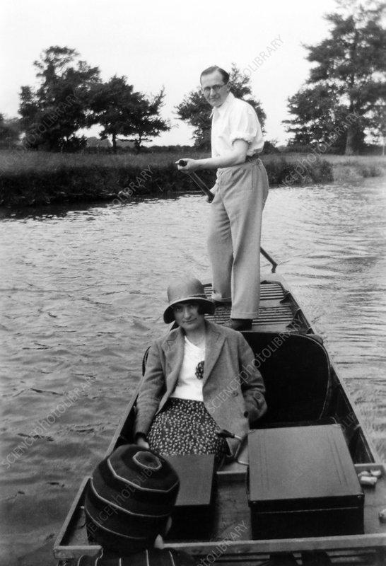 Ernest Walton, Irish physicist