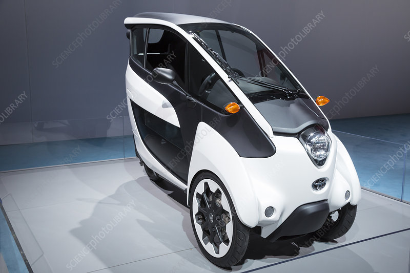 Toyota i-ROAD electric vehicle