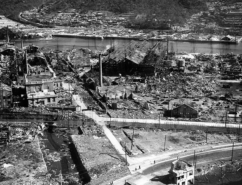 Atomic bomb destruction, Nagasaki, 1945
