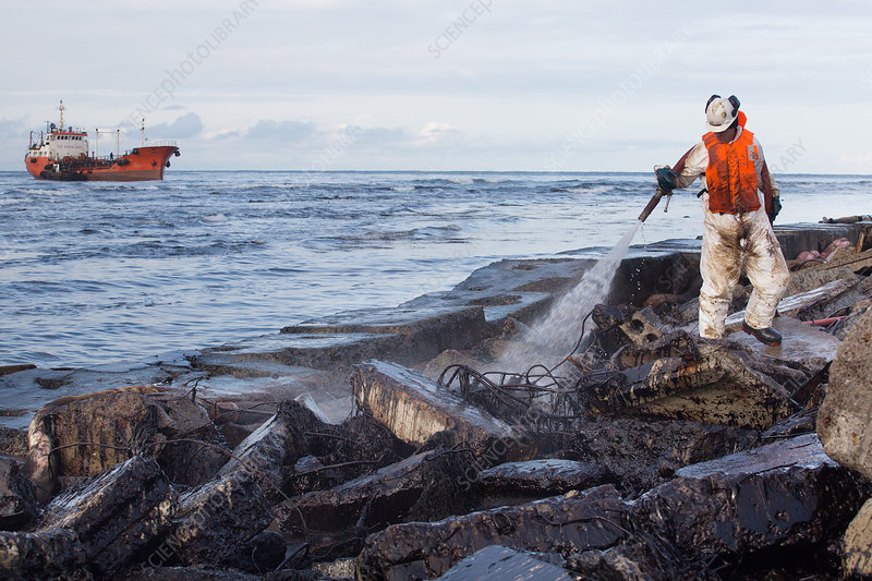 Coastal oil slick clean-up