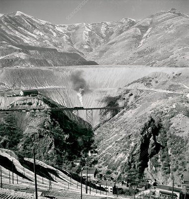Bingham Canyon copper mine, 1942