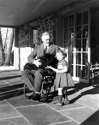Franklin Roosevelt and polio, 1940s