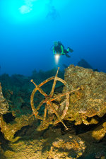 Diver discover Wheel and Wreckage