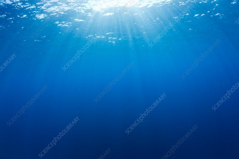 Sun Beams diffuse Ocean