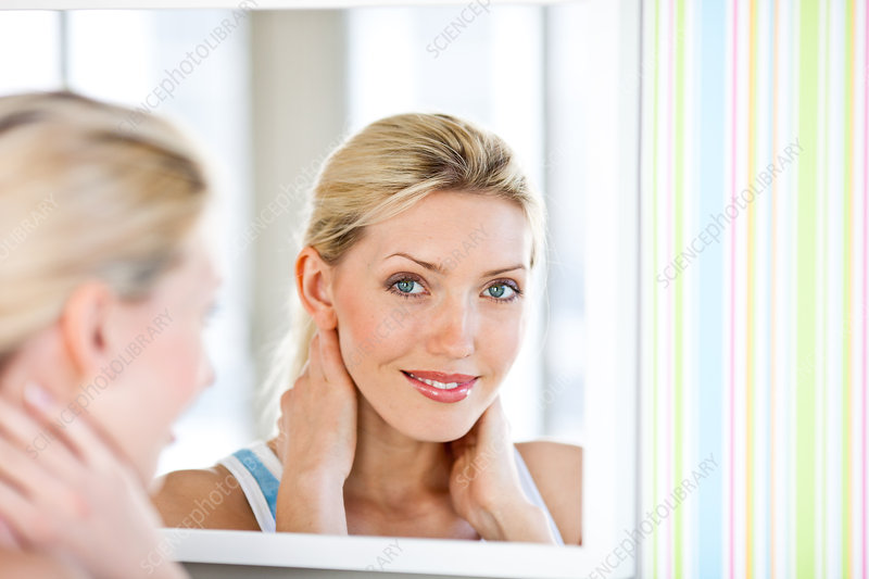 Woman at the mirror