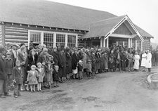 Rocky Mountain spotted fever vaccination clinic, 1930s
