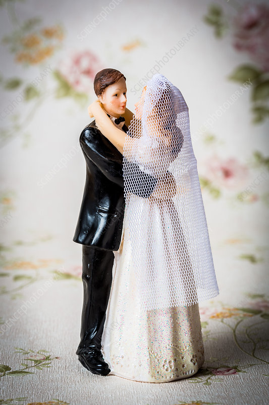 Figurines of a married couple