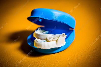 Anti-snoring mandibular orthosis