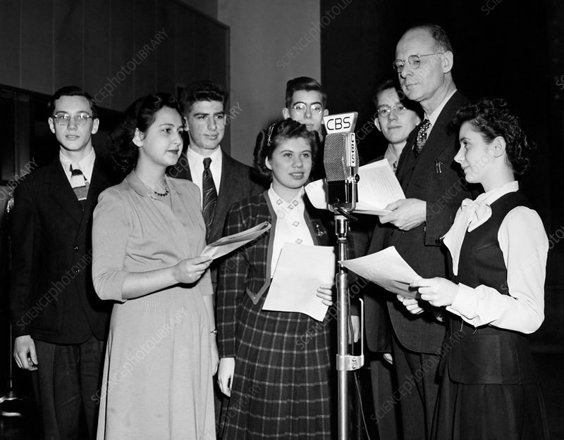 Frank Thone with Science Talent Search finalists, 1945