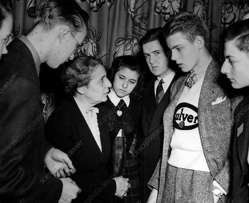 Lise Meitner with Science Talent Search finalists, 1946