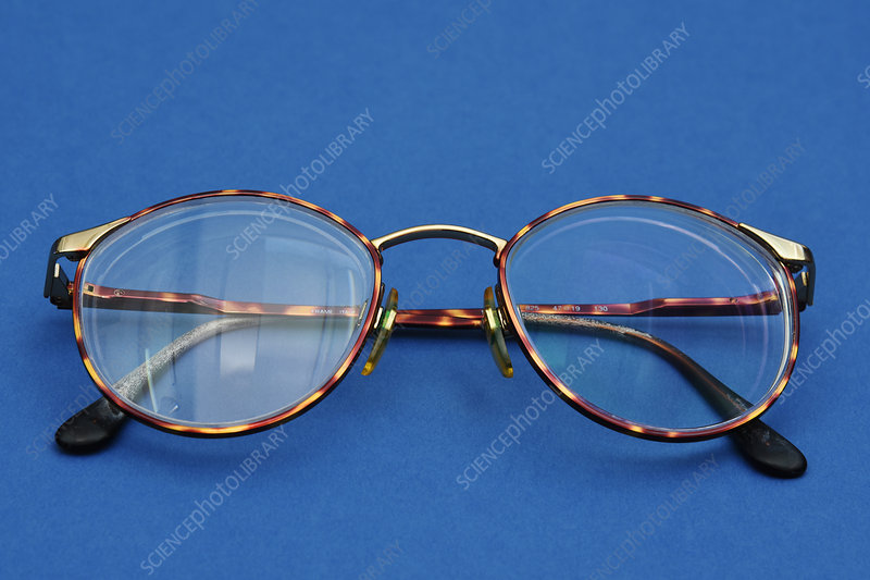 Glasses with reflective and non-reflective lenses