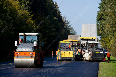 Road-laying team
