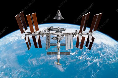 Cruise shuttle rendezvous with the ISS, illustration