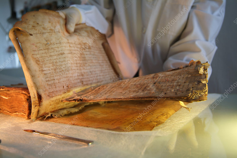 Jewish medieval heritage, document recovery
