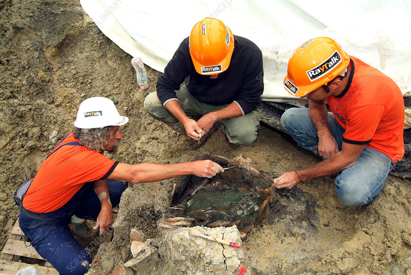 Excavation of an Iron Age tomb