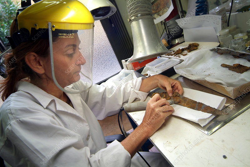 Conservation of Iron Age dagger