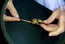 Conservation of Iron Age gold brooch