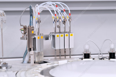 Automated biochemistry analyser