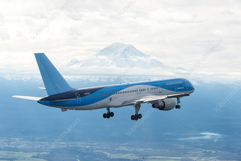 Boeing 757 jet aircraft fuel efficiency research