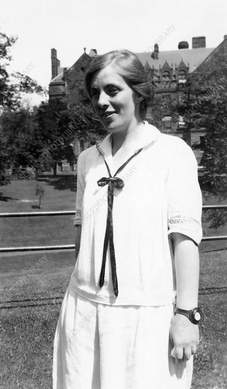 Kathleen May Crossley, Canadian physicist