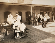 Open air barber shop during Spanish Flu pandemic