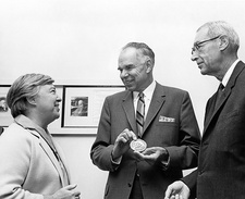 Seaborg receiving the Arches of Science award, 1968