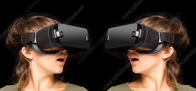 Twinned virtual reality headsets