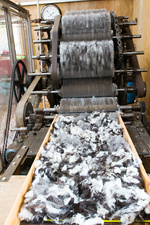 Carding machine in woollen mill