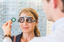 Eye examination by an optician