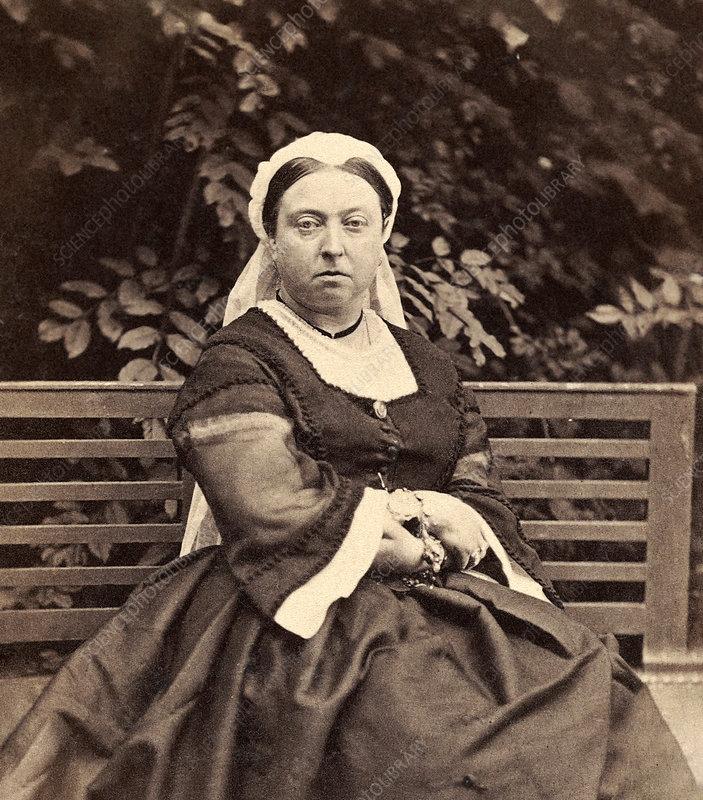 When was she born queen victoria Julia P. Gelardi inti