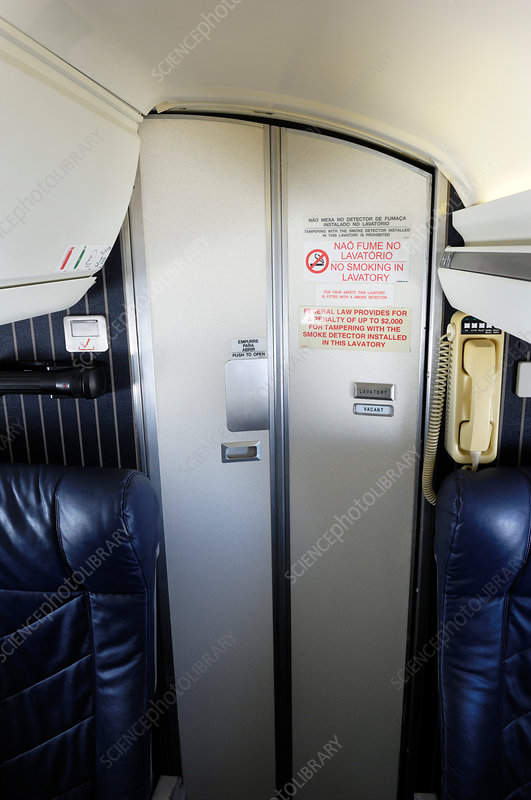Narrow-body passenger aircraft cabin