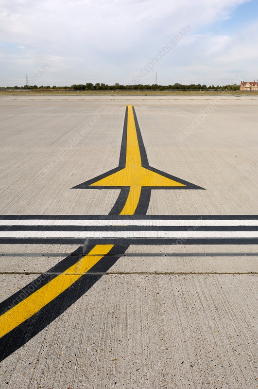 Airport apron markings