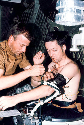 Blood pressure measurement on Skylab, 1973