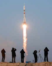 ISS Expedition 46 launch