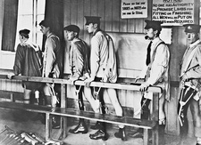British soldiers with artificial limbs, First World War