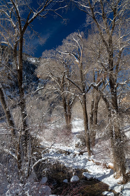 Glenwood Canyon in winter, Colorado, USA